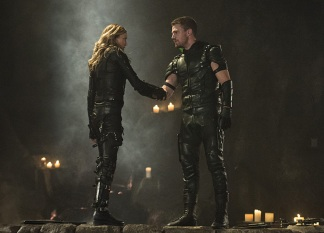 Arrow-season-4-episode-5-Black-Canary-Green-Arrow